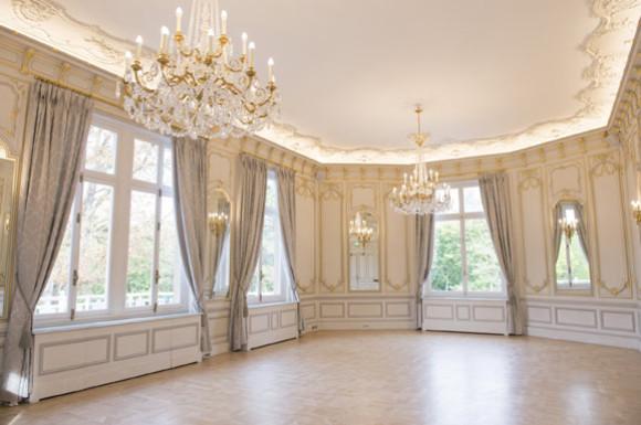 Pavillon royal 3 espaces distincts offrent un cadre unique - Salon louis xv ...