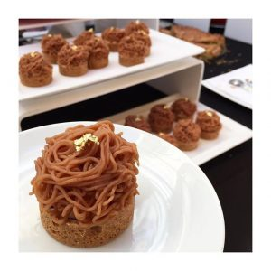 Lundi, la gourmandise est recommandée au #Pavillonroyal … 📷 @lalanguevivante