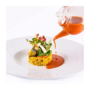 Laissez-vous tenter par le taboulé de pâtes boule aux aromates, légumes croquants et gaspacho de tomates du #Pavillonroyal