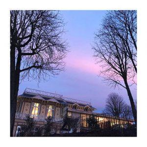 Le soleil se couche sur le #pavillonroyal