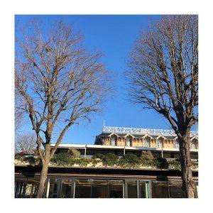 Ciel bleu sur le #PavillonRoyal